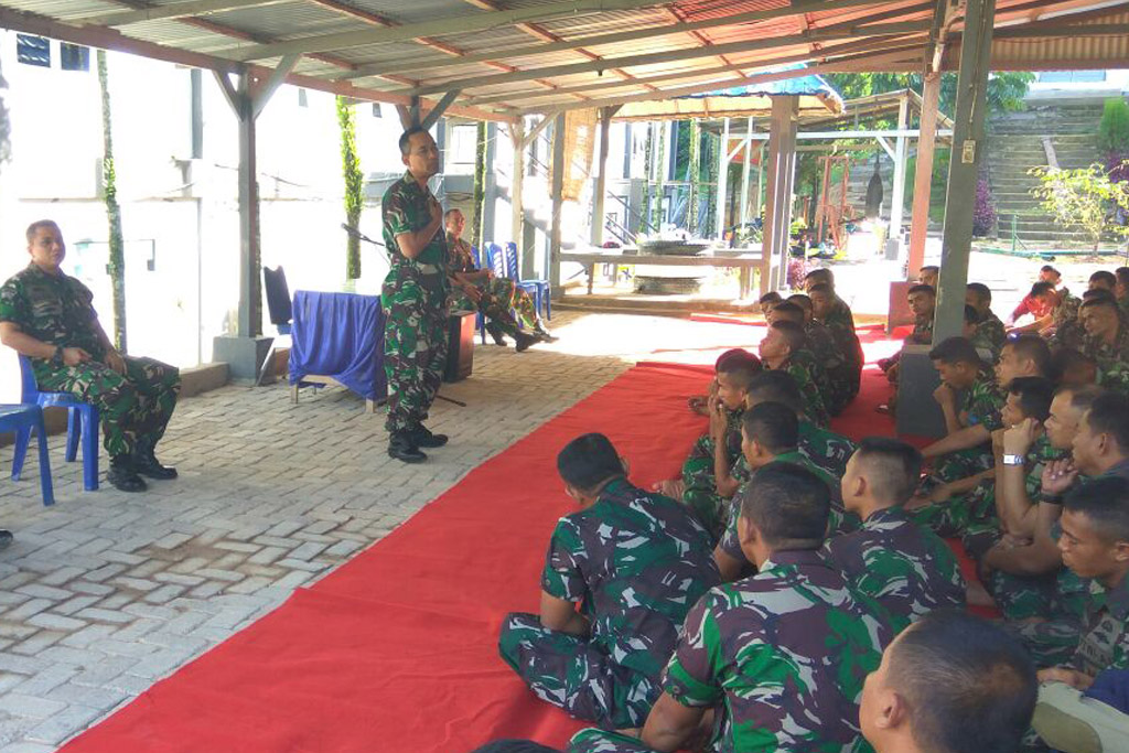Lantamal II Padang Selenggarakan Pencerahan Hukum  Kepada Prajurit Yonmarhanlan II