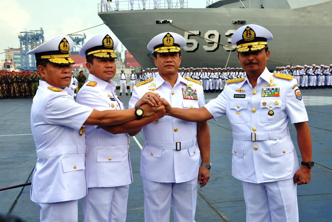 Regenerasi Kepemimpinan, TNI AL Laksanakan Sarah Terima Jabatan Pangarmarbar dan Pangkolinlamil
