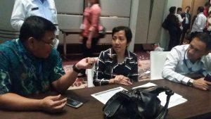 Panitia HACGAMsedang berdiskusi untuk kesuksesan acara.