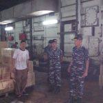 Inspeksi KRI Teluk Hading 538, Dansatlinlamil Pastikan Kesiapan Operasi