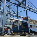 Mengapa baru sekarang Kapal Kargo Raksasa sandar di pelabuhan Indonesia?