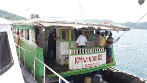 KM Windri 02, salah satu dua kapal tanpa dokumen yang ditangkap oleh Bakamla RI.