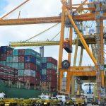 Terminal Petikemas Surabaya Siap Operasikan Container Crane Terbesar