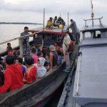WFQR-1 Koarmabar Tangkap Kapal Angkut 96 TKI Ilegal Dari Malaysia
