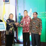 Pelindo III  Boyong Penghargaan 6th UNS SMEs SUMMIT and AWARDS 2017