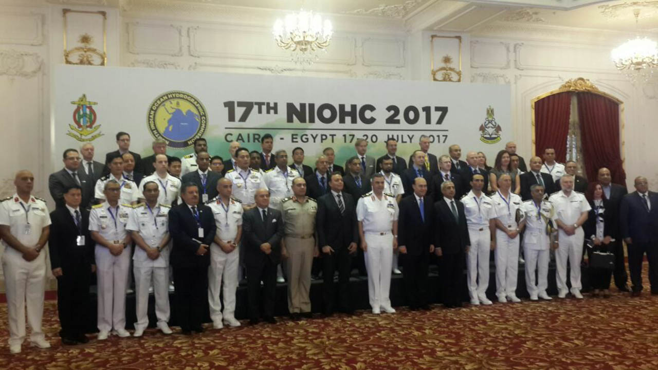 Foto bersama para delegasi Sidang ke-17 NIOHC, Cairo Mesir.