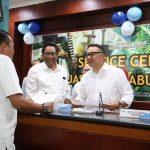 Apresiasi Customer Day, Dirut Pelindo III Layani Langsung Konsumen di Front Line