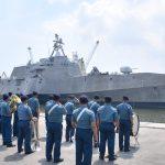 Kapal Perang AS USS Coronado Singgahi Jakarta