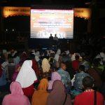 Bersama Prajurit dan Masyarakat Surabaya, Pangarmatim Nonton Bareng Film G30S PKI