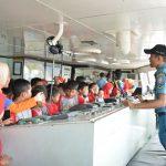 Bina Potensi Maritim, Ratusan Pelajar SD dan TK Kunjungi KRI Tanjung Kambani 971