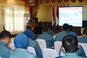 Sosialisasi Sistem Akreditasi Perguruan Tinggi Online (SAPTO) di gedung Dewakang, Akademi Angkatan Laut, Bumimoro, Surabaya, Jum'at (10/11).