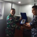 Dukung Pengamanan Perbatasan RI-PNG, KRI Teluk Handing-538 Angkut Prajurit Batalyon 500/R-Sikatan