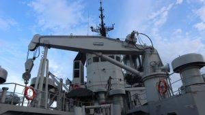 KRI Soputan yang dikomandani oleh Mayor Laut (P) Petrus Indra Cahyadi dalam operasi khusus pengamanan rumpon ilegal di Laut Seram.