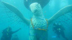 Pemuteran Bay Festival 2017 , Maskot Garuda terbuat dari kombinasi ulatan besi yang ditenggelamkan sebagai maskot konservasi struktur terumbu karang dengan teknologi Biorock.