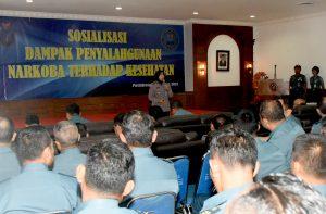 Kepala BNN Jakarta Utara AKBP Yuanita Amelia Sari saat memberikan sosialisasi di Pushidrosal.