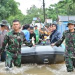 Satgas Banjir Kolinlamil Siap Evakuasi Korban Banjir Jakarta