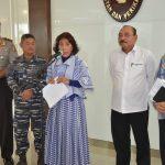 Kepala Bakamla turut Dampingi Menteri Susi Berikan Keterangan Soal kapal Cantrang