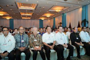 "Menko Luhut, saat didaulat menjadi panelis pada Seminar dan Pameran Pangan Nasional ""Jakarta Food Security Summit 4""."