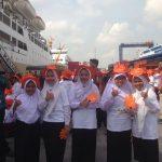 Sambut Hari Kartini, IPC Salurkan Paket Pelajar di 10 Provinsi