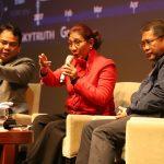 Berhasil Lacak Kapal Pencuri Ikan, Menteri Susi Dapat Penghargaan Inovasi Digital