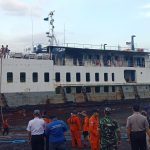 Kapal Labitra Adinda Terbakar di Selat Bali