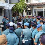 Siaga di Hari Raya, Personel Lanal Tegal Bantu Polri Amankan Idul Fitri 1439 H