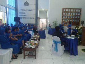 Lomba pembawa acara atau Master of Ceremony lingkungan badan koordinasi jalasenastri Surabaya dalam rangka peringatan hut ke-72 jalasenastri yang berlangsung di Mako Satlinlamil Surabaya.