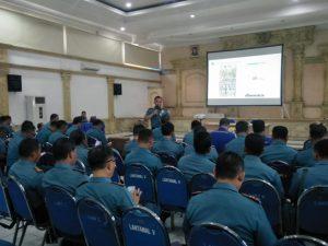 Sosialisasi IndoneSeA di lantamal V Surabaya.
