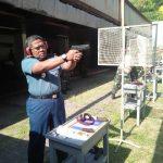 Jaga Kemampuan Dasar Personel, Prajurit Satlinlamil Surabaya Ikuti Latihan Menembak