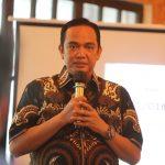 Sudah Mulai Memunggungi Laut, ISLA-UNHAS Ingatkan Jokowi Pernah Berjanji di Atas Kapal Pinisi