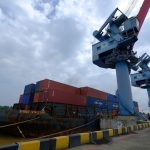 Karet masih Mendominasi Petikemas di Pelabuhan Jambi