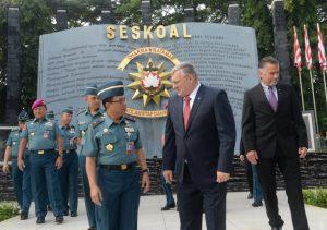 Wadan Seskoal menyambut delegasi dari US Navy.