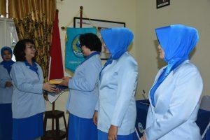 Ketua Jalasenatri Cabang Seskoal memimpin reorganisasi pengurus.