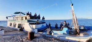 Dispotmar Lana Maumere sosialisasikan Covid-19 ke para nelayan.