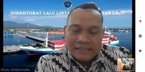 """Dirlala Kemenhub Dr. Capt. Wisnu Handoko saat berbicara sebagai narasumber dalam Webinar """"Tol Laut"""" Pengaruhnya Terhadap Kemajuan Daerah di Sulawesi Tenggara."""
