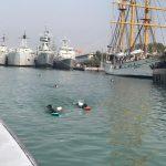Menuju World Class Navy, Kowal Satfib Koarmada II Latihan Renang