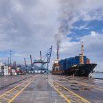 Pelabuhan Panjang Butuh Peremajaan Crane Peti Kemas