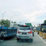 Semrawut, Kesan Pelabuhan Tanjung Priok dan Truk Petikemas