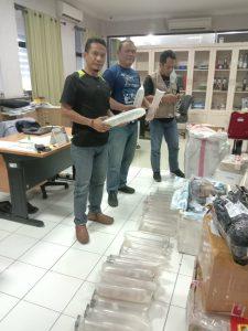 Tim SFQR bersama Bea Cukai dan BKIPM berhasil mengamankan barang bukti benih lobster yang hendak diselundupkan dari Surabaya ke Batam.