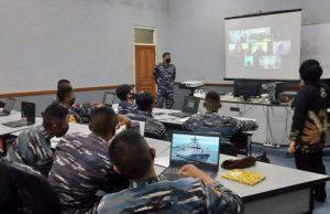 Suasana Joint English Course para Taruna AAL.
